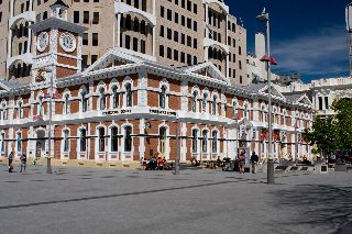 Photo of the old Christchurch Post Office on the west side of the square